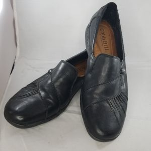 Cobb Hill new balance 11W black leather loafers
